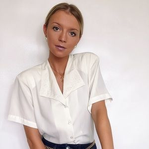 80s Vintage · ivory lace collared blouse